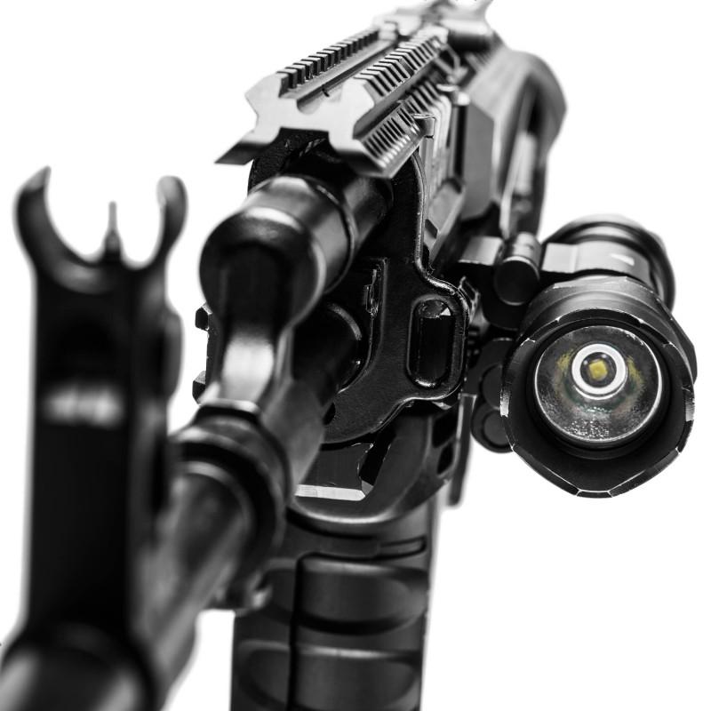 Mactronic greito montavimo prožektoriaus laikiklis prie ginklo