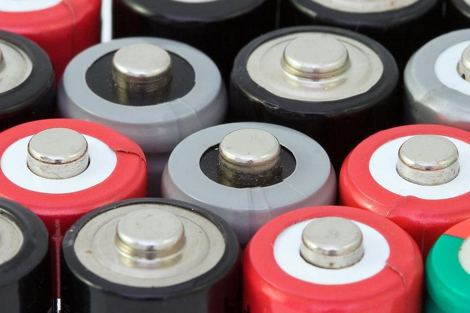 Vienkartinės baterijos ir galvaniniai elementai
